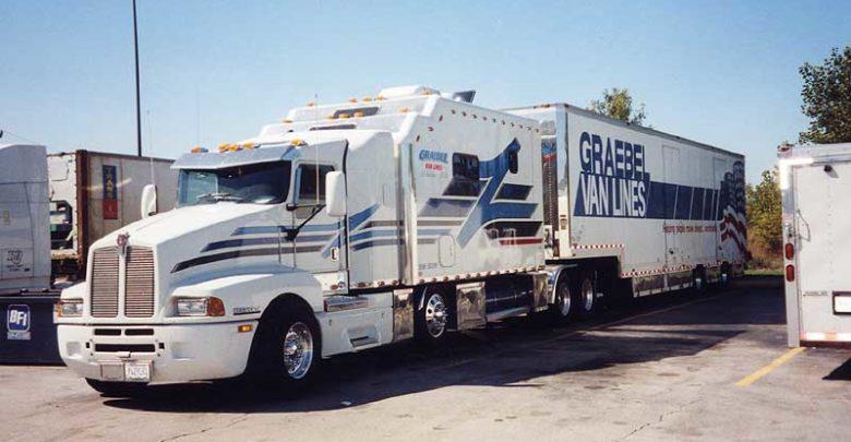 Photo of Graebel Van Lines Truck Driver Payment Problems